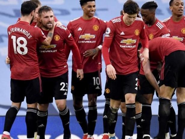 Premier League: Siegesserie gerissen: Man City verliert Derby gegen United