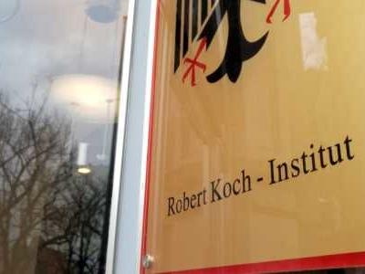 Das Robert-Koch-Institut (RKI) hat am frühen Sonntagmorgen vorläufig 7.337 Corona-Neuinfektionen gemeldet.