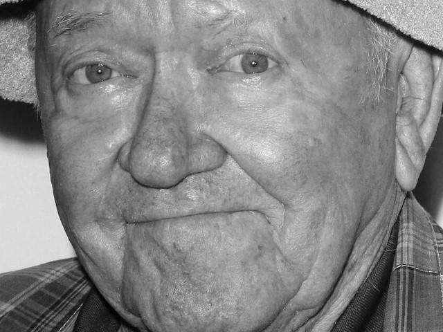 Star aus Community: Richard Erdman stirbt im Alter von 93 Jahren