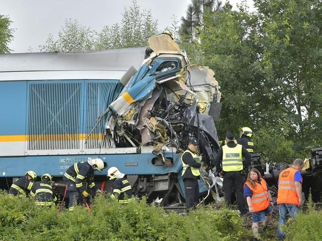 Zug aus München in Tschechien verunglückt - drei Tote und viele Verletzte
