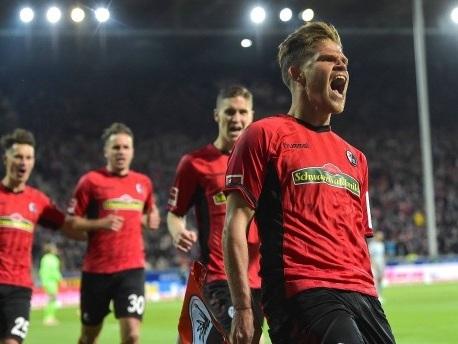 0:1 in Freiburg: Schalke bleibt Letzter