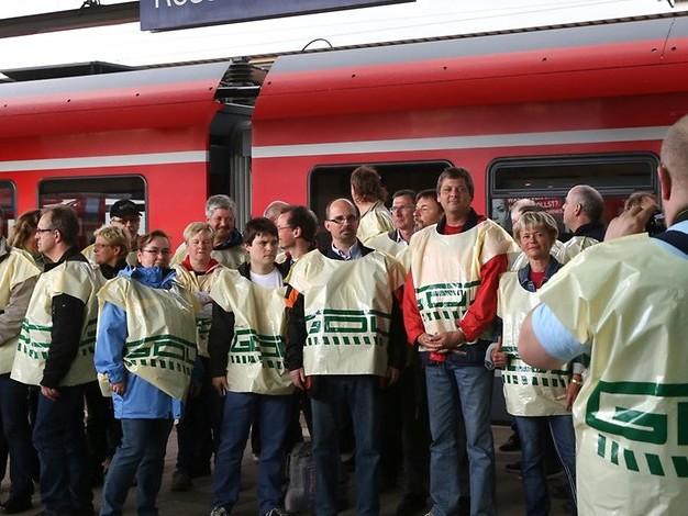 Lokführer-Streik: Bahnfahrer bleiben vorerst von ausfallenden Zügen verschont