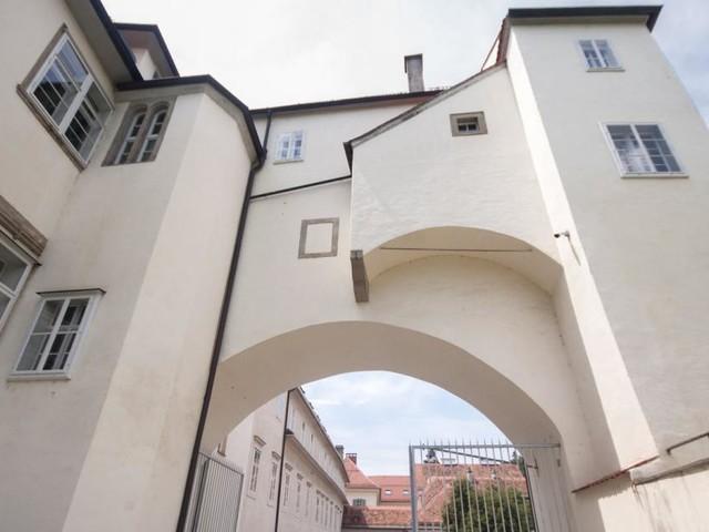 Schönheitskur für die Grazer Patchwork-Burg