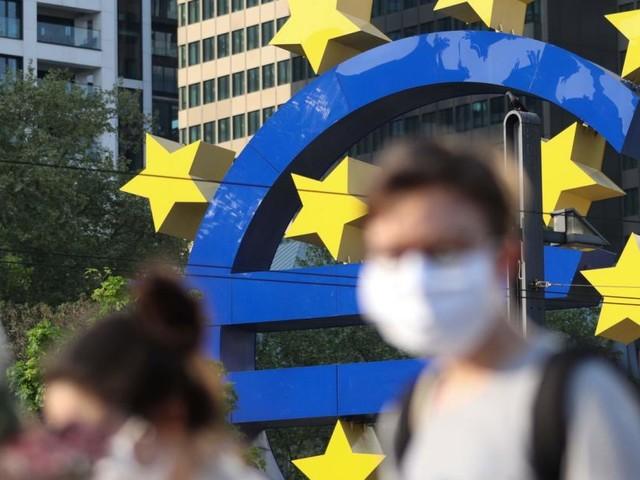 Warum Notenbanker trotz Inflation weiter Geld drucken