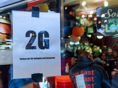 Corona-Pandemie - Umfrage: Mehrheit für 2G-Regeln für Gastro und Events