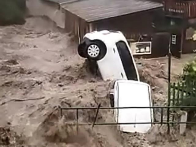 Unwetter in Österreich: Hallein überschwemmt, Zivilschutzalarm bleibt aufrecht