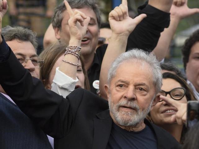 """Brasilien: Linke Ikone Lula sagt """"Tropen-Trump"""" den Kampf an"""