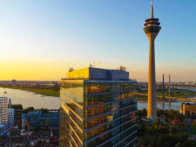 Corona-Maßnahmen der Stadt: Düsseldorf führt 2G-Regel für Erwachsene ein