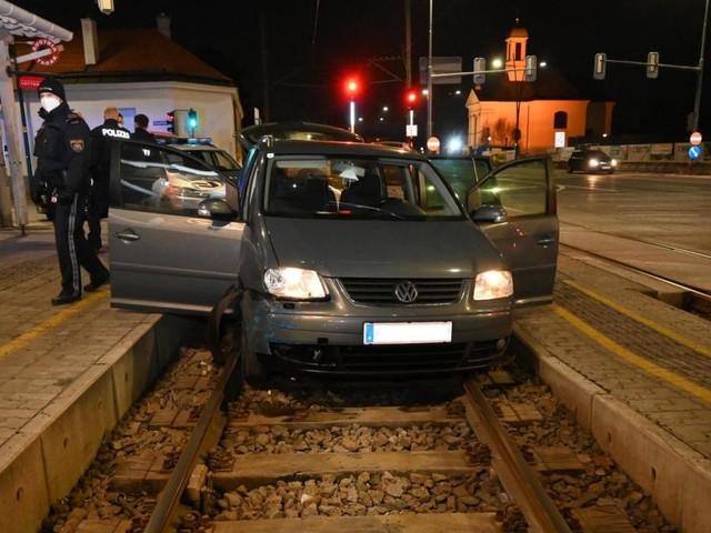 200 Menschen geschleppt: Endstation auf den Gleisen