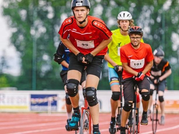 Einradfahren: Das Rad ist ständiger Begleiter des Gladbeckers Jakob Prinz