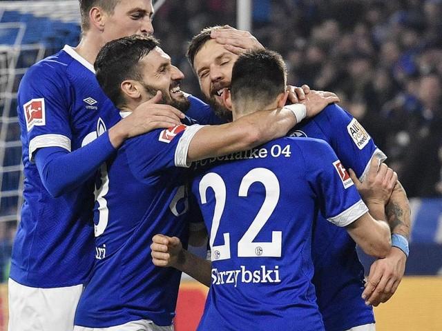 Lazaro und Burgstaller treffen, Bayern blamiert sich