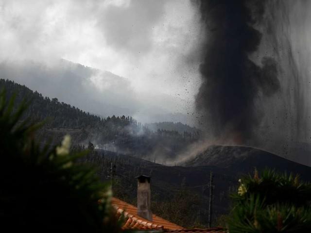 """Schwefelwolke zieht nach Deutschland - """"Giftiges Gas"""" am Tag der Bundestagswahl """"mitten über uns"""""""