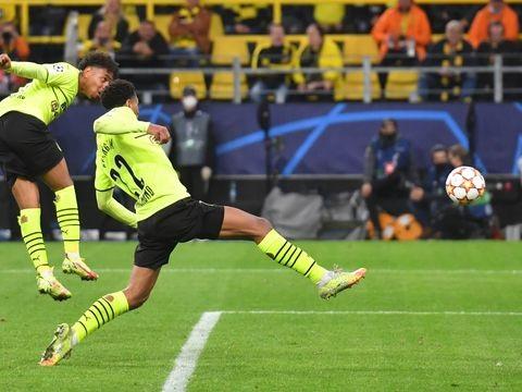 Haaland-Ersatz Malen hält BVB auf Kurs: 1:0 gegen Lissabon