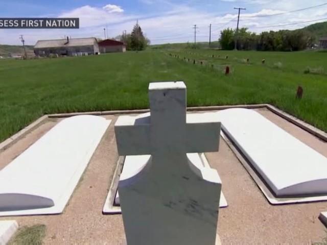 Video: Kanada: Über 750 weitere Gräber auf dem Gelände eines ehemaligen Internats entdeckt