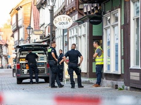Toter und Schwerverletzter - Überfall: Juwelier soll mutmaßlichen Täter erschossen haben