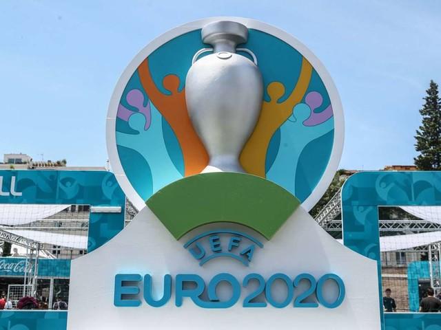 EM 2021: UEFA erklärt sich und taucht Logo in Regenbogenfarben