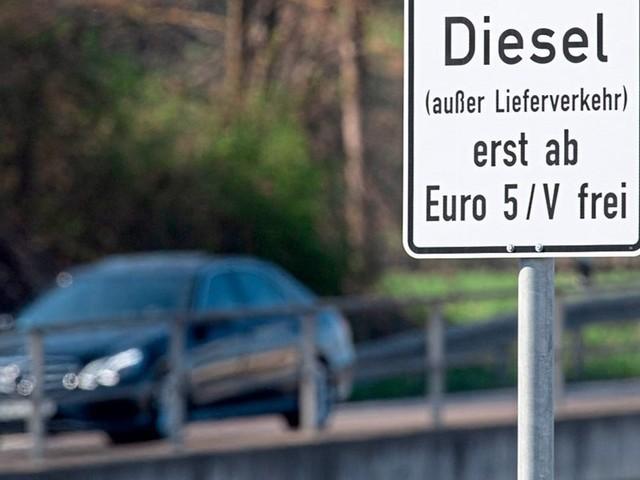 Gericht verhängt Zwangsgeld für Dieselfahrverbot in Stuttgart
