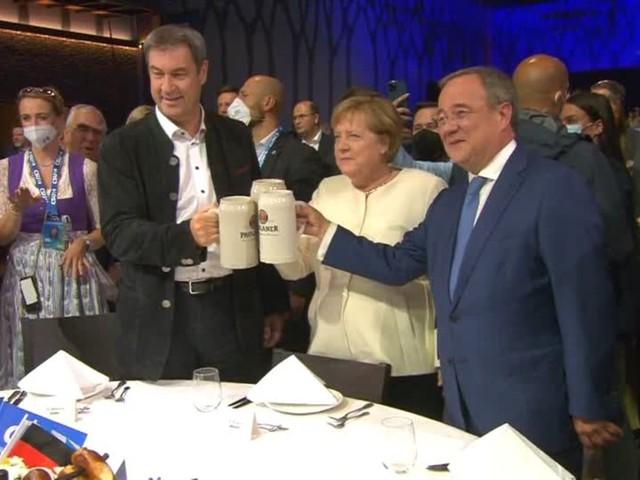 Video: Profitiert Laschet vom Merkel-Effekt?