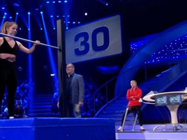"""Vanessa Mai bei """"Schlag den Star"""": Fans zeigen sich nach """"Dresden""""-Antwort entsetzt -""""Blindes Huhn"""""""