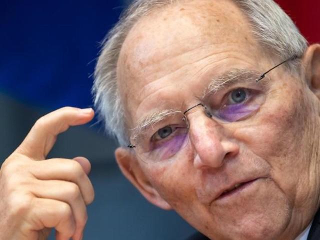 Vorteile für Geimpfte? Schäuble rügt Länder