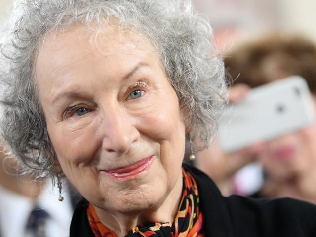 Literaturpreis: Bernardine Evaristo und Margaret Atwood gewinnen Booker-Preis