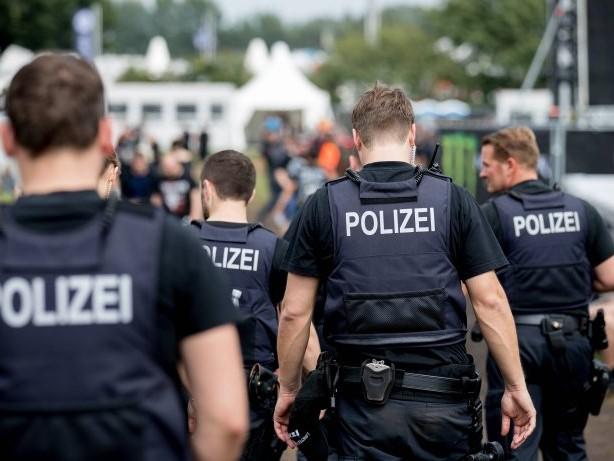 Schleswig-Holstein: Toter Säugling gefunden – Mutter in Wacken festgenommen