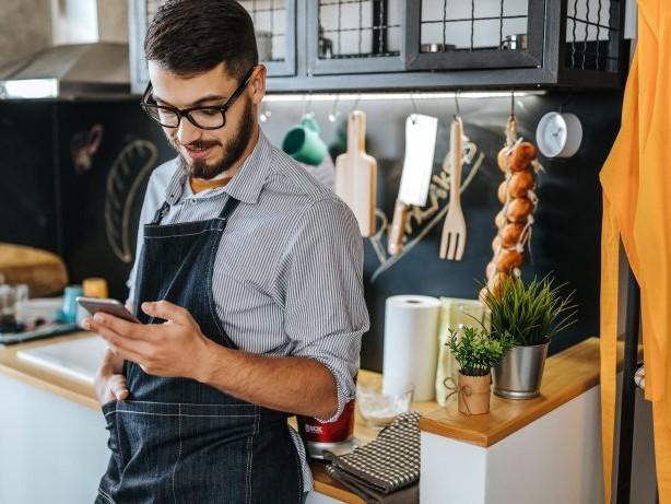Keine Lust auf Fertiggerichte? Diese 7 Rezepte-Apps machen dich zum Küchen-Star