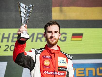 Racing Unleashed: Monza DTM-Champion des eSports fährt Racing Unleashed