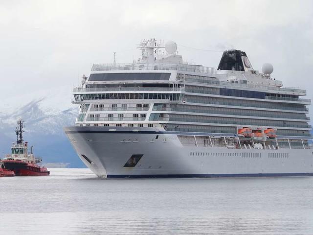 """""""Genau wie in Titanic"""": Passagiere erzählen von Seenot auf Kreuzfahrtschiff """"Viking Sky"""""""
