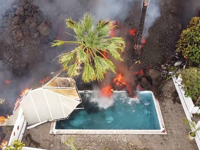 Vulkanausbruch auf La Palma: Lava nähert sich unaufhaltsam dem Meer - Experten warnen