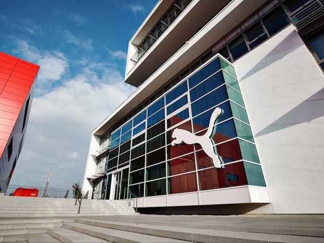 Quartalsumsatz nahezu verdoppelt: Puma hebt Prognosen an