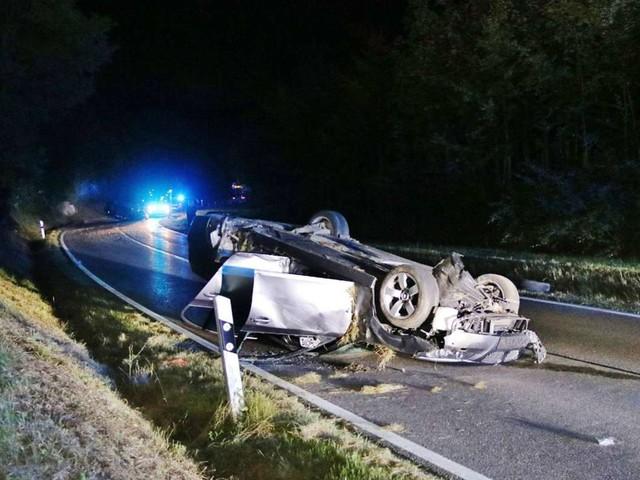 Landstraße bei Welzheim: Drei Menschen bei Unfall verletzt