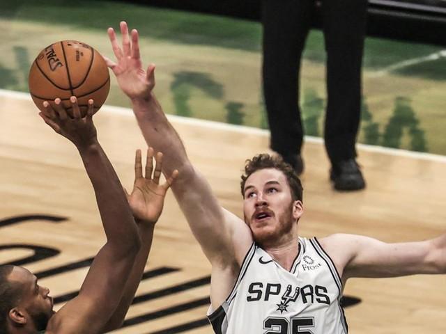 Jakob Pöltl spielte in der NBA groß auf - und verlor knapp