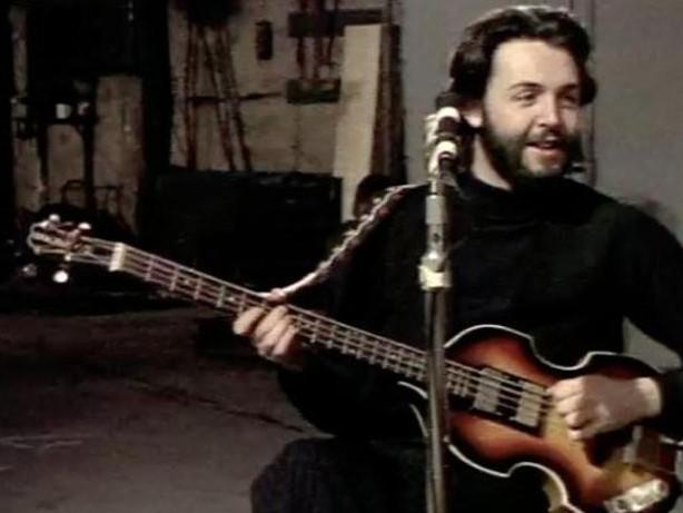 Hamburg: Auf Reeperbahn gekauft: Suche nach Beatles-Gitarre gestartet