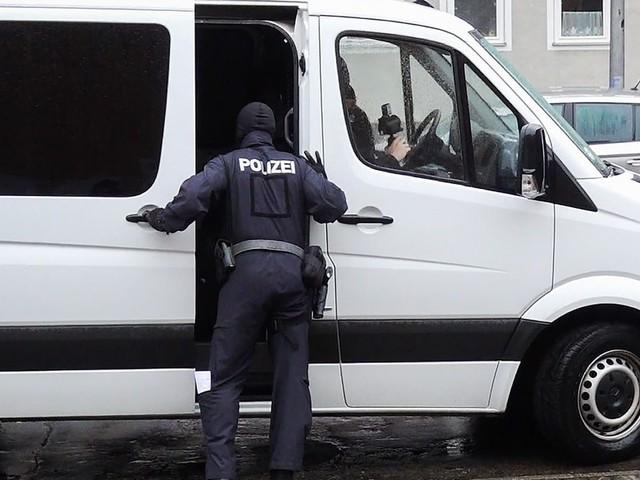 Clan-Razzia in Dortmund und weiteren Städten im Ruhrgebiet