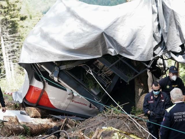 Nach Seilbahnunglück soll Gondel per Hubschrauber geborgen werden