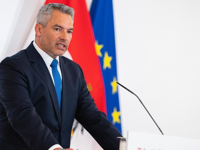 """Verhandelt Österreich bald mit Taliban? Nehammer will """"sehen, was möglich ist"""""""