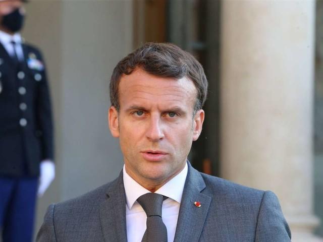 Emmanuel Macron: Mann ohrfeigt französischen Präsidenten