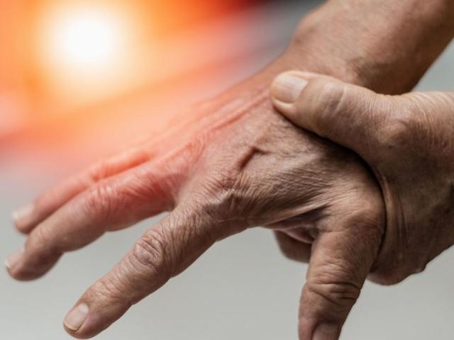 Auch Kinder und Jugendliche betroffen: Warum mehr Menschen unter Rheuma leiden