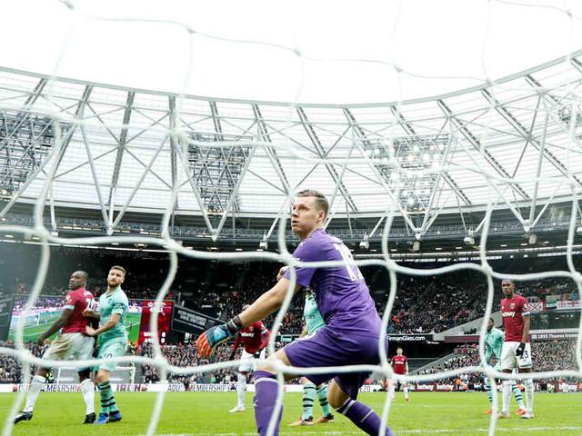 Premier League: Arsenal verliert bei West Ham - Liverpool schlägt Brighton