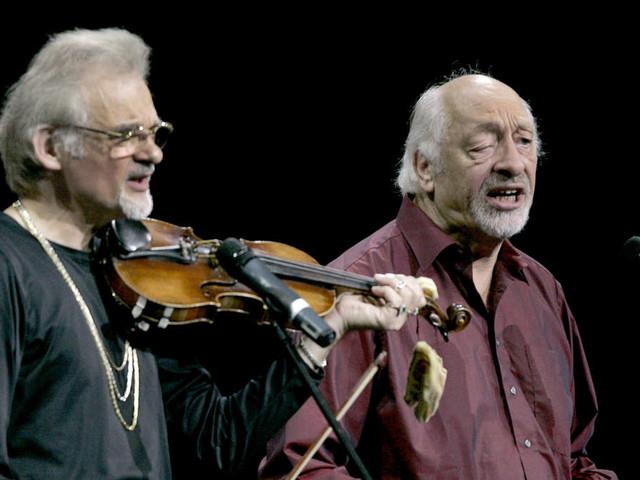 Nach schwerer Krankheit: 70er-Jahre-Idol und beliebter Liedermacher ist tot