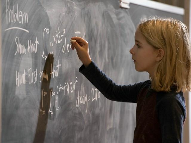 In BEGABT kämpft Chris Evans um das Sorgerecht eines Mathe-Genies