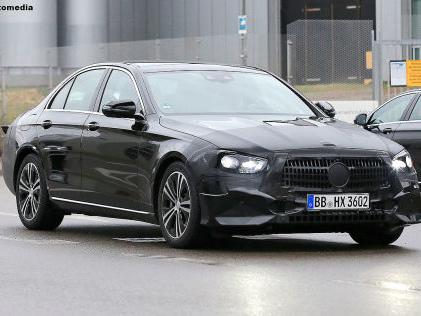 Mercedes E-Klasse Facelift (2020): Erlkönig Mercedes frischt die E-Klasse auf