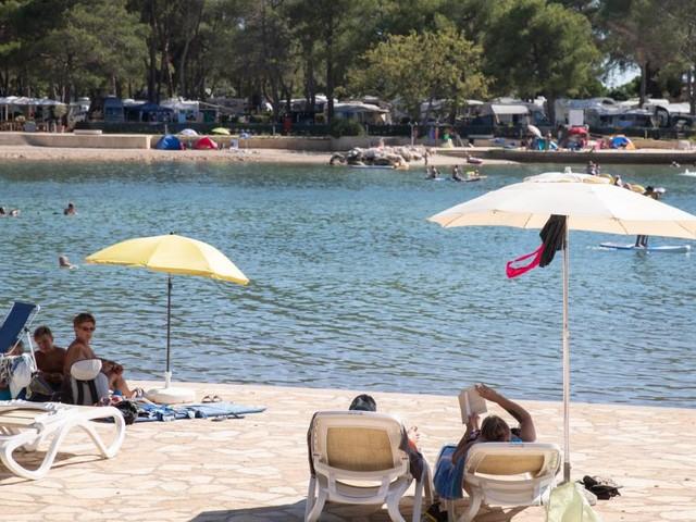 Kroatische Küste auf Orange: Sorgen um Tourismussaison