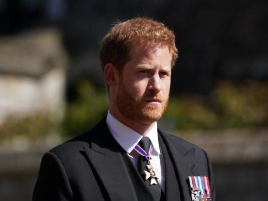 Prinz Harry: Einfach verschlafen? DESHALB hat er fast nicht von Prinz Philips Tod erfahren
