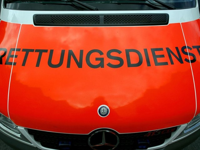 Freiburg: Rettungswagen behindert - Polizei ermittelt wegen Nötigung