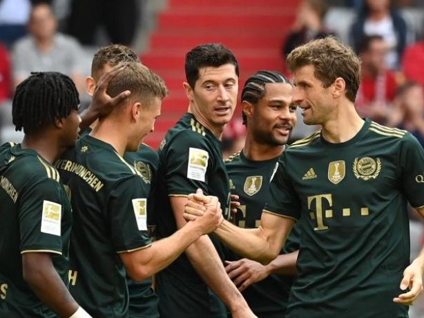Bundesliga: FC Bayern vor Spiel in Fürth - Wieder ein Torfest?
