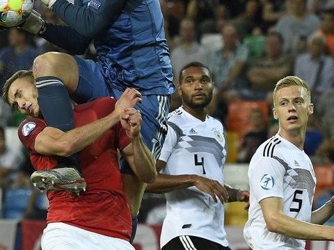 Kreuzbandriss im Testspiel: VfB-Neuzugang Kalajdzic erleidet schwere Knieverletzung