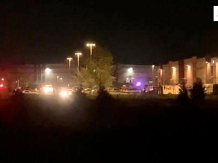 Schütze tötet acht Menschen in Fedex-Lager in Indianapolis