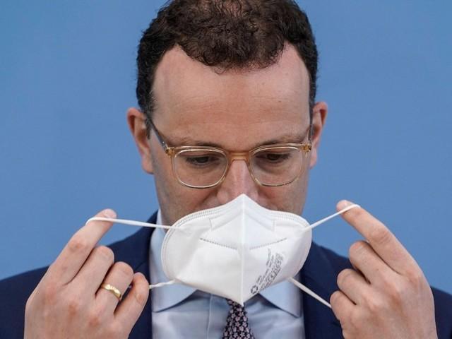 Maskenbeschaffung: Spahn verteidigt unkonventionelles Handeln